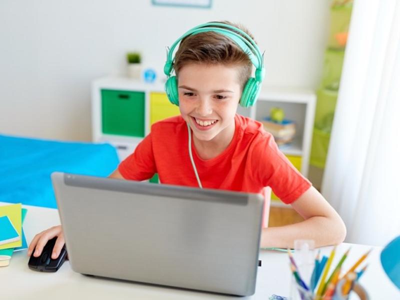 Como motivar os filhos a estudar durante a quarentena?